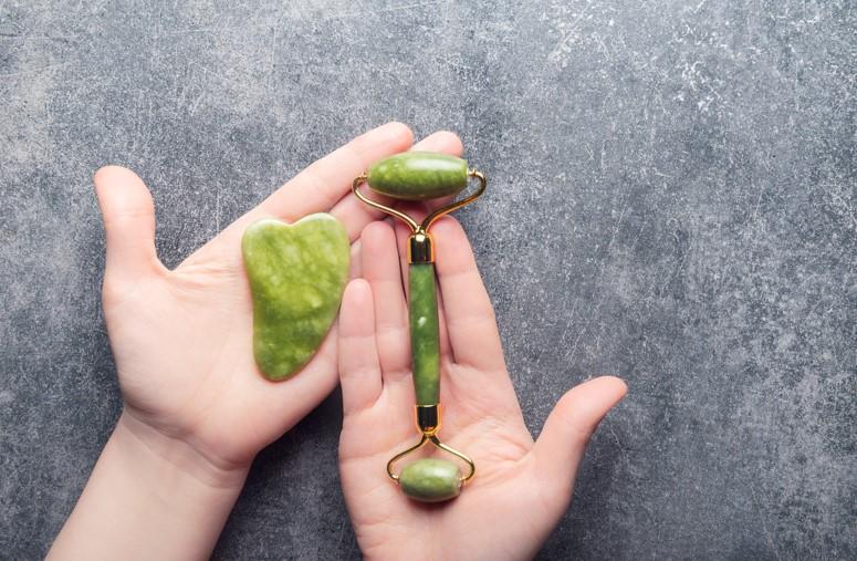 yeşil gua sha taşı
